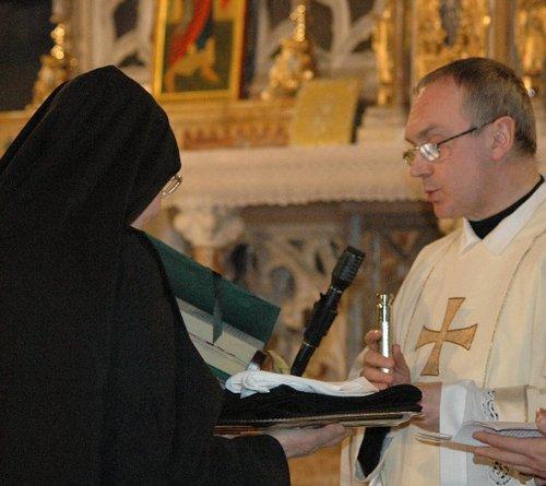 Benedizione dell'abito monastico