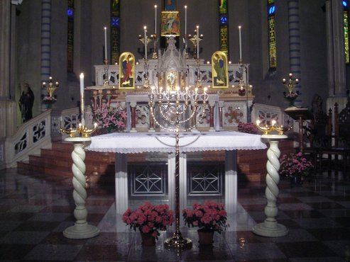 Altare 1