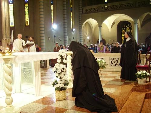 Al canto del suscipe - 25.mo Professione monastica
